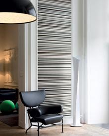 decoration murale rayure noir blanc Avec le papier peint, osez les rayures sur vos murs !