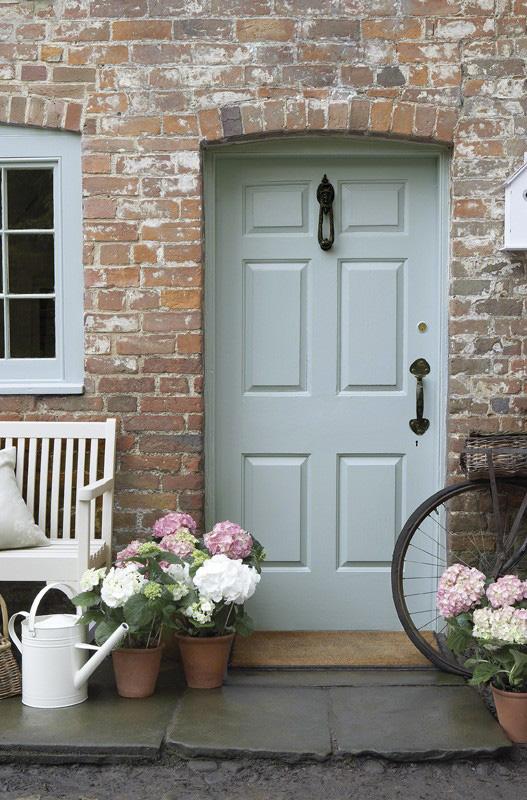 Quelle peinture pour une porte extérieure