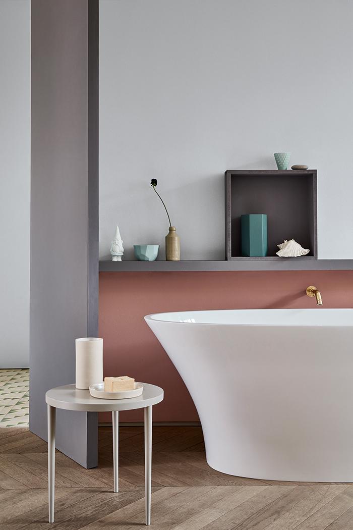 Comment associer les couleurs tendance dans la salle de bains