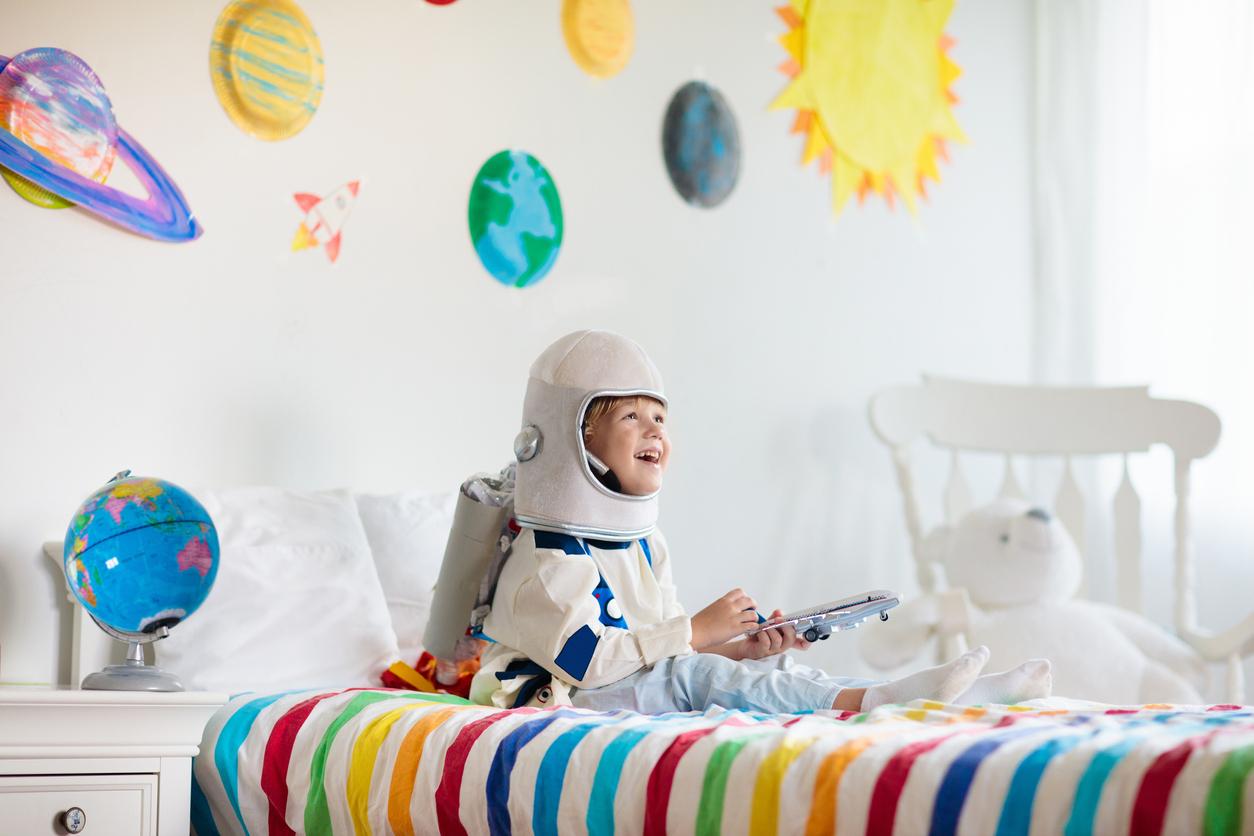 Personnaliser une chambre d'enfant avec des stickers