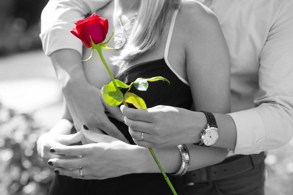 Une rose éternelle pour célébrer l'amour