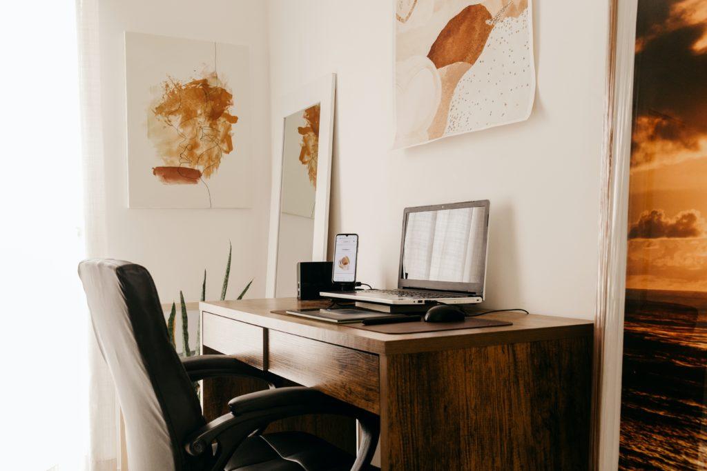 Chaise de bureau qui s'intègre dans votre décoration